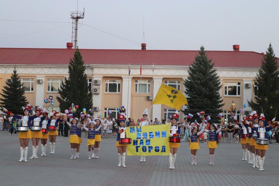 Жирновск площадь