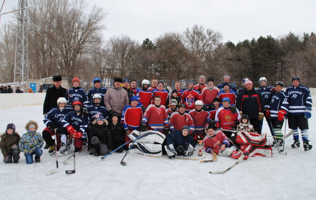 Хоккей в Жирновске