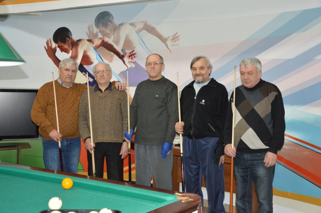 Бильярд в Жирновске